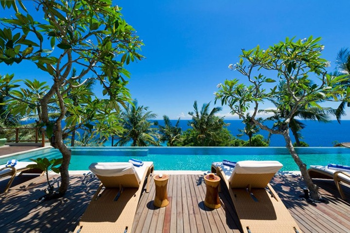 Luxury-Malimbu-Cliff-Villa-in-Indonesia-7