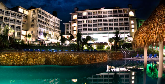 SuperClubs-Breezes-Panama-Resort-and-Spa-2